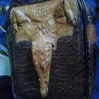 harga tas santai kulit buaya asli dengan kepala buaya Tokopedia.com