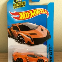 Hot Wheels Lamborghini Veneno Orange