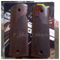 harga Grip Kayu Khusus Airgun/Airsoftgun FN1911/Colt M1911A1 Tokopedia.com