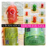 A Body shop Shower gel + scrub by YESNOW