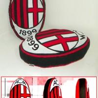 Bantal Logo Klub AC Milan