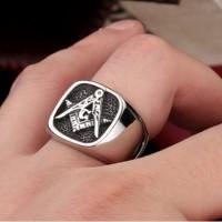 Cincin Pria Huruf G Simbol Logo Inisial Manson Ring Titanium Steel