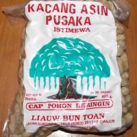 Kacang Asin Pusaka Cap Pohon Beringin 1/2 Kg