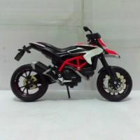 Diecast Miniatur Motor Ducati Hypermotard SP