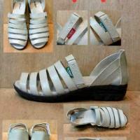 harga Sepatu Sendal Kickers Wanita Murah Meriah #k3 Tokopedia.com