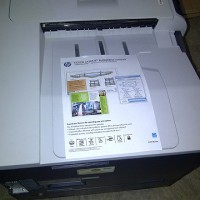 printer hp laserjet warna cp 5225n