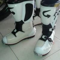 harga Sepatu Cross Gordons Tokopedia.com