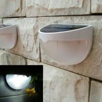 Lampu taman lampu teras tenaga surya / solar cell