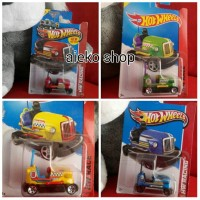 Hot Wheels Bump Around (paket 4pcs)