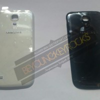 Backdoor / Tutup Casing Belakang Samsung Galaxy S4 Mini I9190