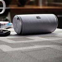 JBL Bluetooth Speaker Flip 2 White Garansi 12 Bulan IMS Indonesia