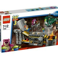 LEGO 7596 Toy Story : Trash Compactor Escape