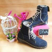 sandal sepatu boots wanita levis denim keren murah