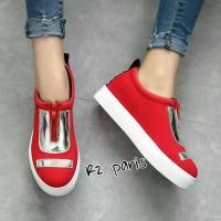 Sepatu Uny