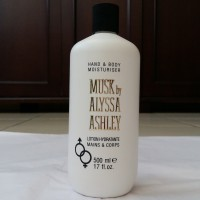 Musk by Alyssa Ashley Hand & Body Moisturizer/Lotion