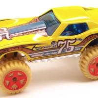Hot Wheels Corvette Stingray Thrill Racers-Desert