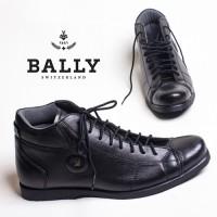Jual Sepatu Pria Branded - Bally Boots Maroon & Black Murah