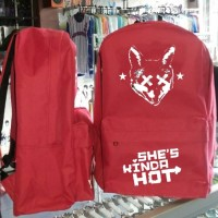 harga Tas Ransel 5 Seconds Of Summer She's Kinda Hot Tokopedia.com
