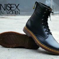 harga Sepatu Pria Dr. Martens High Boots Unisex Warna Hitam Size 36-44 Tokopedia.com