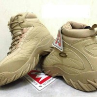 sepatu boot oakley 100%import