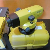 Topcon AT-B4 Automatic Level.