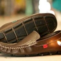 harga Sepatu santai casual formal pria kickers mocasin kulit asli Tokopedia.com