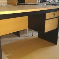 meja tulis kantor meja staff meja komputer meja expo setengah biro 120