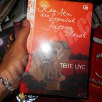 Buku Novel Kau, Aku dan Sepucuk Angpau Merah - Tere Liye