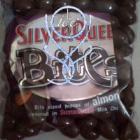 harga Silverqueen Bites Almond / Coklat / Coklat Kiloan Tokopedia.com