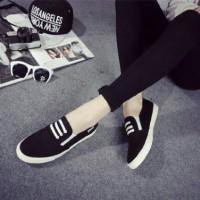 harga sepatu flat casul wanita hitam / sepatu wanita casual murah murmer Tokopedia.com