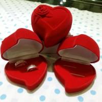 Kotak cincin love rose
