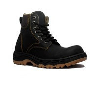 Cut Engineer Safety Boots Iron Apple Leather - Hitam