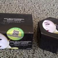 MAGIC GLOSSY ( Extra Whitening Cream ) - Japan Formula