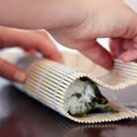 BAMBOO SUSHI MAT, Alas Bambu Penggulung Sushi, 24 cm x 24 cm