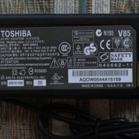 Charger Laptop TOSHIBA 19V-4.74A