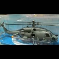 miniatur helikopter tempur SH-60 SEAHAWK SKYPILOT 1:60