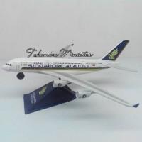 harga Miniatur Pesawat Terbang Singapore Airlines Airbus A380 Tokopedia.com
