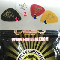 Pick Gitar Medium Merk Ernie Ball Original USA