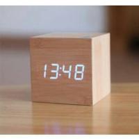 DESKTOP ALARM CLOCK DIGITAL LED MOTIF KAYU