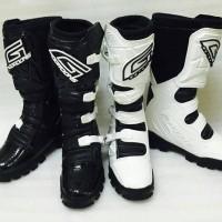 harga Sepatu Motocross Hitam Putih Tokopedia.com