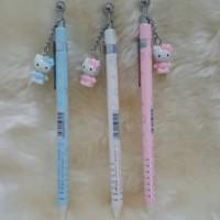 Pensil Mekanik Gantungan Hello Kitty