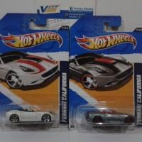 Hotwheels Hot Wheels Ferrari California Sepaket