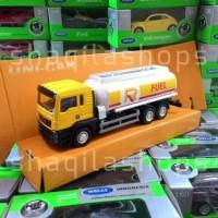 Miniatur Diecast Mobil Truck Tanki MAN 1:64 Uni Car