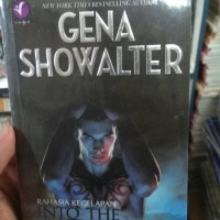 gena showalter - into the dark