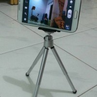 harga alat narsis Tripod Mini + Holder U Universal HP Smartphone Stabilizer Tokopedia.com