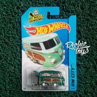 Kool Kombi Super Treasure Hunt TH$ Hot Wheels Diecast
