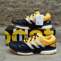 harga Sepatu running adidas response boost techfit M hitam original murah Tokopedia.com