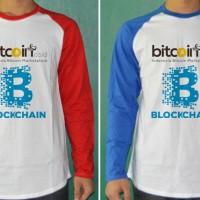 Jual kaos couple / 2 raglan bitcoin logo merah-biru tshirt Murah
