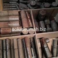 Engsel bos 1 1/4 inch atau 32mm bulat pintu besi pagar