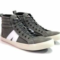 Sepatu black master casual abu 2 model